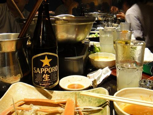 飲み会のテーブル